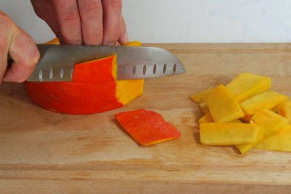 Purée de citrouille aux tagliatelles et cerneaux de noix