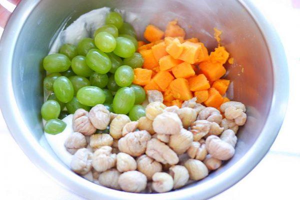 Recette de cuisine, Gratin de patate douce, châtaignes et raisins blancs au lait de coco