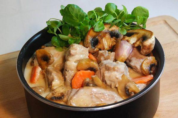 Blanquette de veau - recette traditionnelle   Court ...