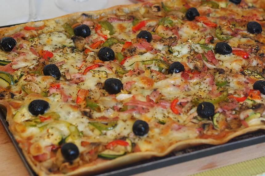 Pizza maison de saison